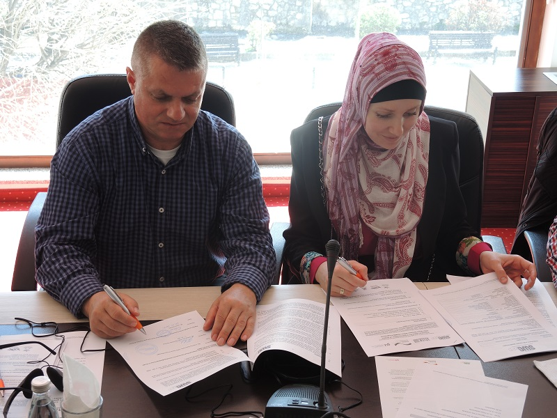 2. Contract Signing for the Grant Scheme in Sharra